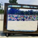 """Бетонну стіну на пляжі """"Чорторий"""" перетворили на арт-об'єкт"""