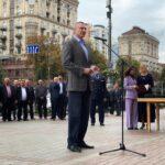 """Віталій Кличко відзначив лайфгардів та рятувальників КП """"Плесо"""""""